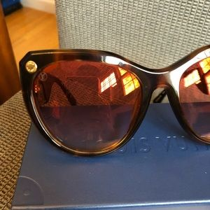 d54a548d3716 Louis Vuitton Accessories - My fair lady sunglasses